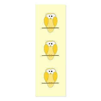 Dibujo animado lindo del búho. Amarillo Tarjetas De Visita Mini