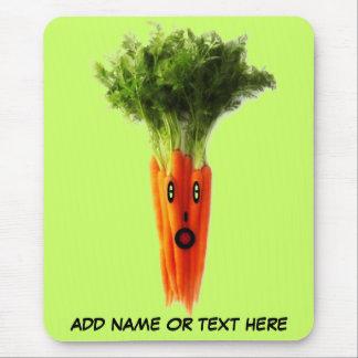 Dibujo animado personalizado de la zanahoria alfombrilla de ratón