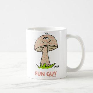 Dibujo animado torpe lindo de la seta del taza de café