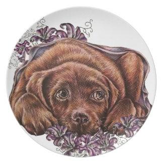 Dibujo del perro y de los lirios de Brown Labrador Plato De Comida