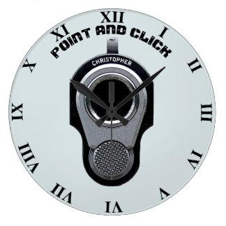 Dibujo divertido del arma del punto y del reloj