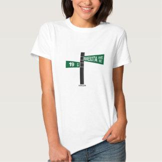 diecinueveavo y SE de Minnesota Camiseta