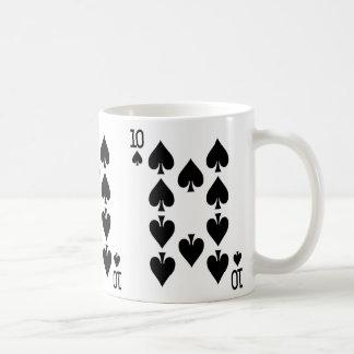Diez del naipe de las espadas taza de café