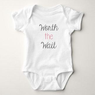 Digno del juego del cuerpo del bebé de la espera body para bebé