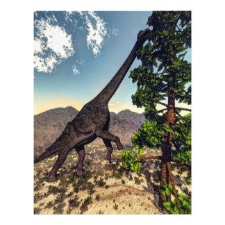Dinosaurio del Brachiosaurus que come el pino del Flyer