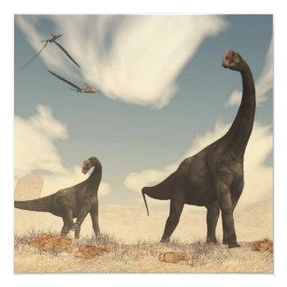 Dinosaurios de Brontomerus en el desierto - 3D Invitación 13,3 Cm X 13,3cm