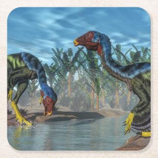 Dinosaurios de Caudipteryx - 3D rinden Posavasos Cuadrado De Papel