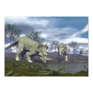 Dinosaurios del Styracosaurus que van a regar - 3D Invitación 12,7 X 17,8 Cm