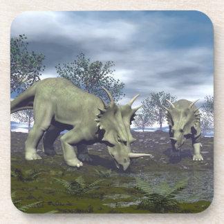 Dinosaurios del Styracosaurus que van a regar - 3D Posavasos