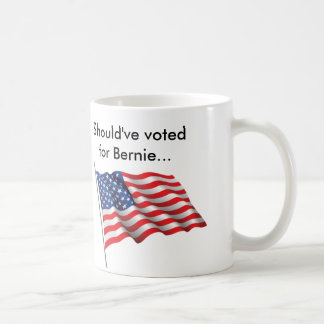 Dios bendice América.  Dios bendice a Bernie.  Taza De Café