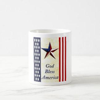 Dios bendice la taza de café de América
