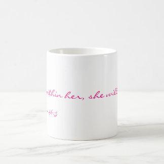 Dios está con su taza