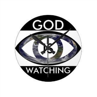 Dios moderno del reloj está mirando