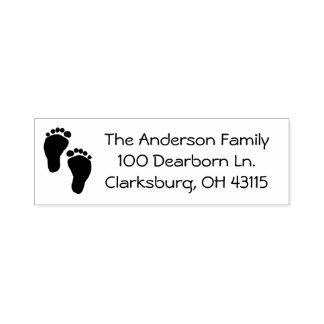 Dirección de los pies del bebé sello automático
