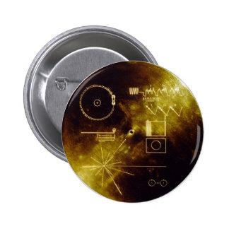 Disco de oro del viajero pin