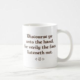 Discurra a YE a las tazas del café/del té de la