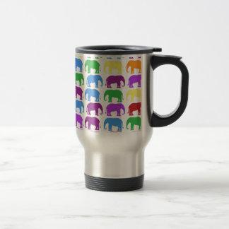 Diseñador con clase de los elefantes del arco iris taza de café