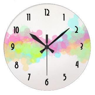 Diseño abstracto colorido de la salpicadura de la reloj redondo grande