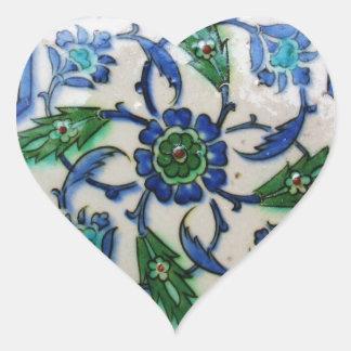 Diseño antiguo de la teja del otomano del vintage pegatina en forma de corazón