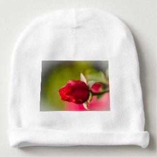 Diseño ascendente del cierre del rosa rojo gorrito para bebe