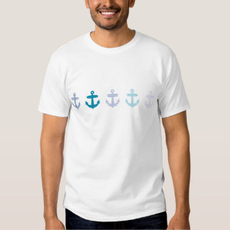 Diseño azul náutico de las anclas camiseta