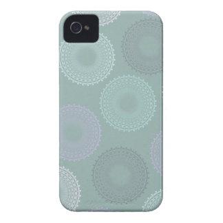 Diseño azul y verde claro de los círculos para iPhone 4 Case-Mate cobertura