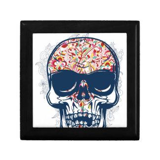 diseño coloreado zombi muerto del cráneo joyero