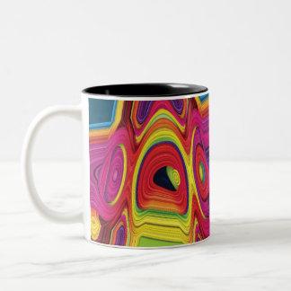 Diseño colorido abstracto psicodélico en la taza