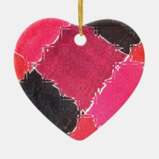 diseño colorido adorno navideño de cerámica en forma de corazón