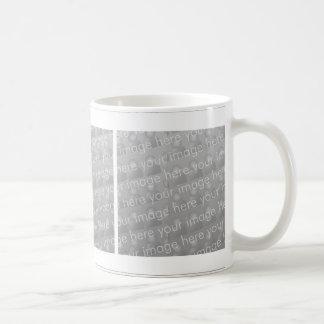 Diseño cuadrado triple de la taza