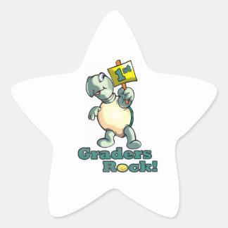 """Diseño de la """"1ra roca de los graduadores"""" de la pegatina en forma de estrella"""