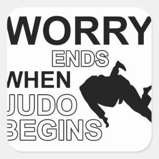 Diseño de la camiseta del judo colcomanias cuadradases