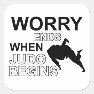 Diseño de la camiseta del judo colcomanias cuadradass