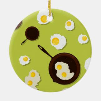 Diseño de la comida de la diversión de los huevos adorno redondo de cerámica