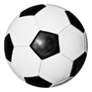 Diseño de la foto del balón de fútbol invitación 13,3 cm x 13,3cm