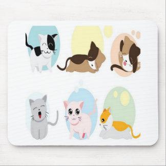 Diseño de los gatitos del vector tapetes de raton