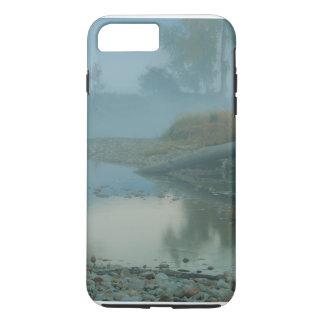 Diseño de niebla de la mañana del río del funda iPhone 7 plus