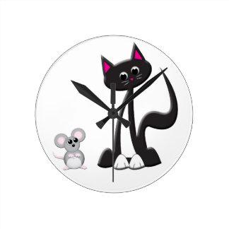 Diseño del gato y del ratón del dibujo animado reloj redondo mediano