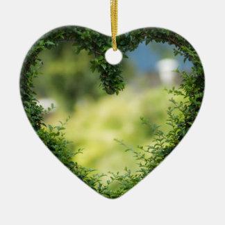 Diseño del seto del corazón adorno de cerámica