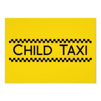 Diseño divertido del taxi del niño para conducir invitación 12,7 x 17,8 cm