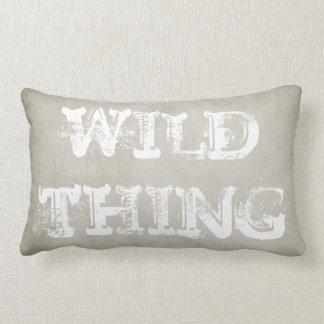 diseño elegante lamentable salvaje de la almohada