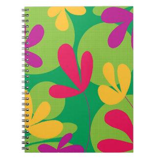 Diseño floral colorido libro de apuntes