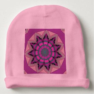 Diseño floral rosado bonito gorrito para bebe