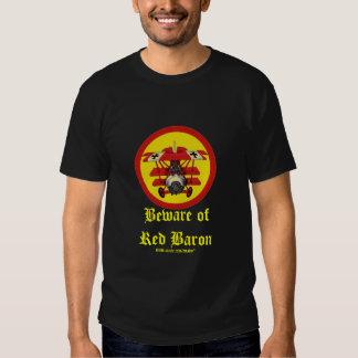 Diseño fresco plano de la camiseta del barón rojo