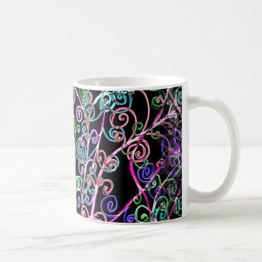 Diseño luminoso en la taza clásica