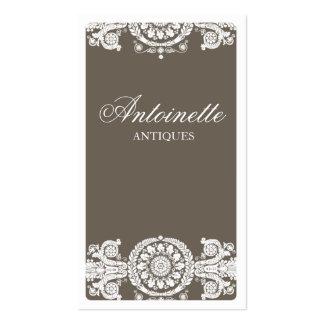Diseño marrón claro adornado tarjetas de visita