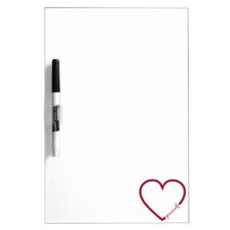 Diseño minimalistic del corazón del amor usted pizarra blanca