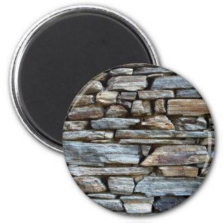Diseño natural de la pared de piedras iman