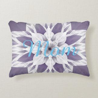 Diseño púrpura hermoso del fractal con monograma