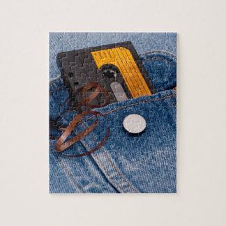 Diseño retro de los años 80 - cinta de casete puzzle